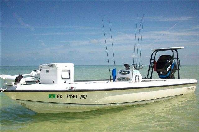 Captain Dustins 19ft Action Craft. Perfect for Charter Fishing all over the Tampa Bay area. Accomodates up to 3 passengers.